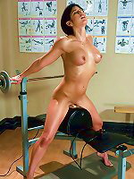 Gym babe sweaty oiled up and machine fucked n sybian riding