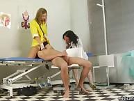 Nurse sitting on partient