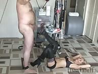 Chubby slave getting hard footdom