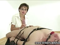 Femdom stocking milf Laddie Sonia gives slavery fellatio hither pigeon
