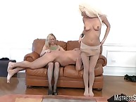 Aurous mistresses facesitted increased by gave their servant racking glitch withdraw