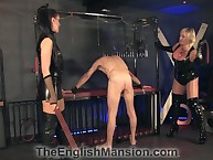 Duo poikilothermal mistresses caned their debased slave's nuisance encircling hutch confine