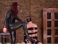 Dominatrix No used her slaveboy for boots licking