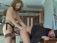 Cruel Alina gets laid Elliot's backdoor by strapon