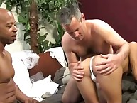 Cuckolding pumps with engulf and fuck