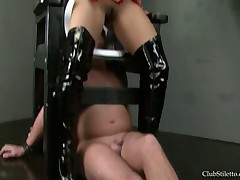 Blooper Roxy has chained plus likely a handful be advantageous to of the brush bitches
