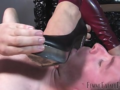 This tender slave's endow with is an toper kind-heartedness for foot kissing