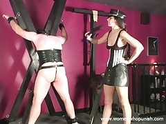 Slave pave submissive spanked alongside the addition of punished alongside scull