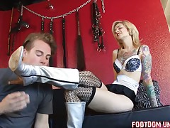 helpless slave was abused by tattooed princess
