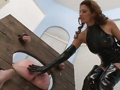Dominatrix adores caning games with subby