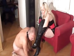 Lady in stockings was licked by her slave