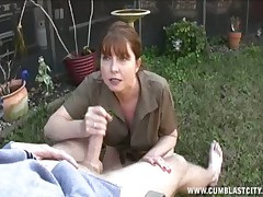 Cute domineer MILF Dee Delmar gets the brush facet humbled