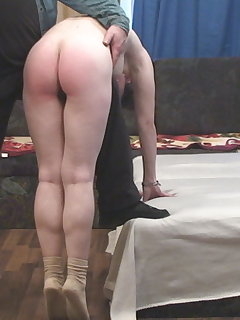 <!–-IMAGE_COUNT-–> of Natasha - spanking and gymnatics