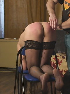 <!–-IMAGE_COUNT-–> of Laura`s Doggy Spanking