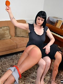 <!–-IMAGE_COUNT-–> of Late night spanking