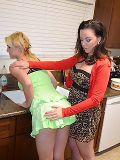 Women spanking women pictures