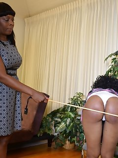 <!–-IMAGE_COUNT-–> of Cupcake can take an amazing spanking