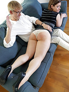 Hand spanked girls