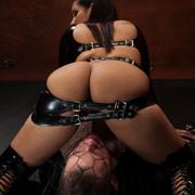 Divine Bitches - Slave man was fucked
