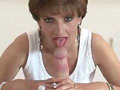 Lady jerking dick