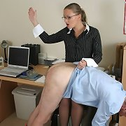 Lady boss is spanking office clerk