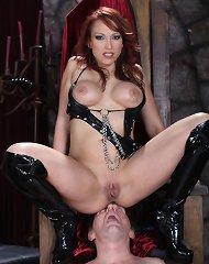 Hot mistress sat on slave\'s face