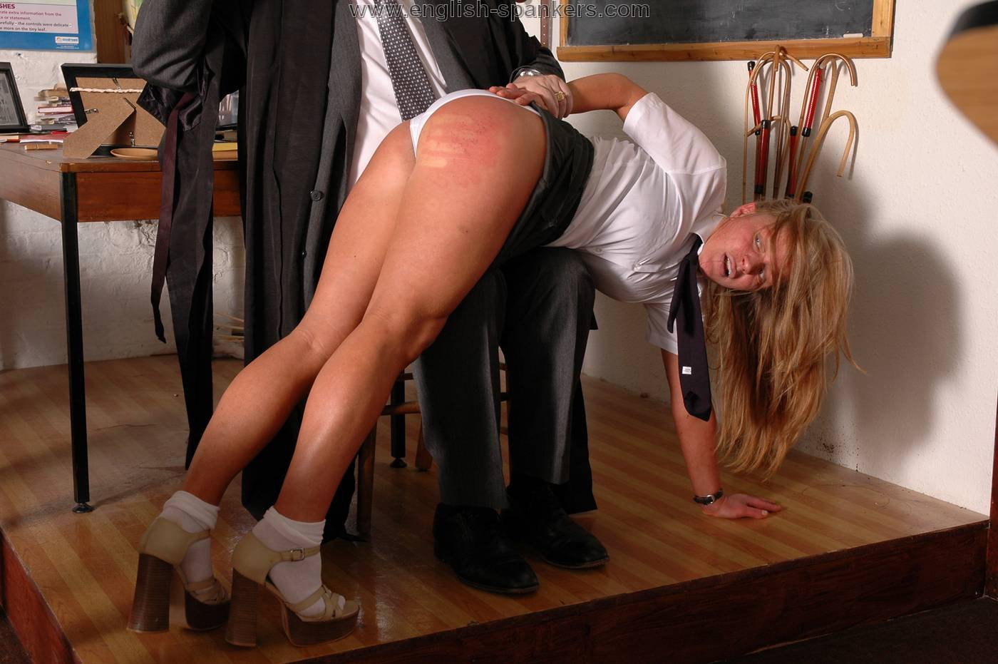 free english spanking videos