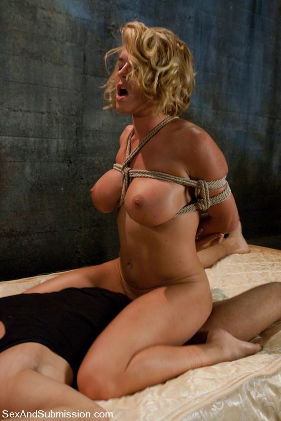 Bulma and vegeta having sex naked