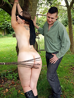 Outdoor spanking pictures