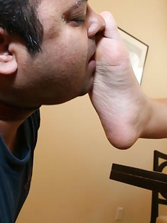 10 of Man licked bare feet